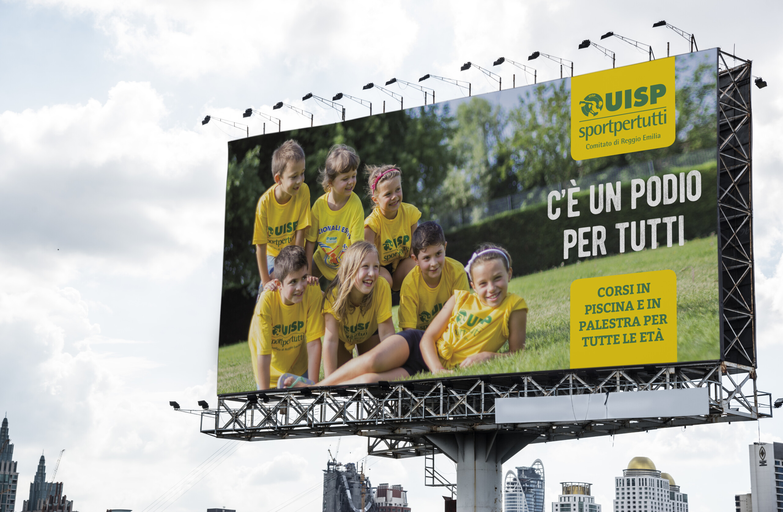 fluidlab UISP billboard outdoor adv UISP scaled